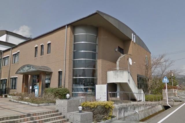 加茂町図書館